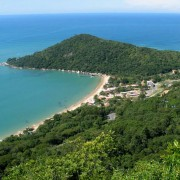 Praia-de-Laranjeiras-3