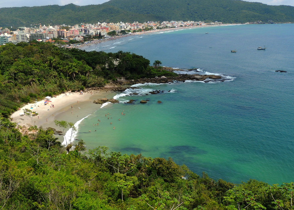 Praia_do_Ribeiro-Praia_Bombas-Praia_Bombinhas-SC