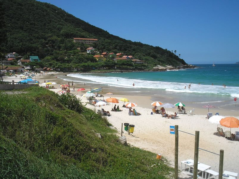 Praia de 4 Ilhas - Bombinhas