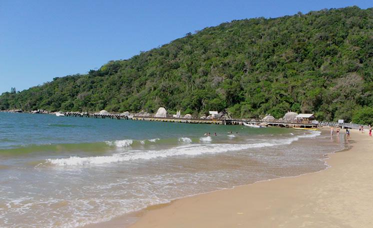Praia de Laranjeiras - Balneário Camboriú