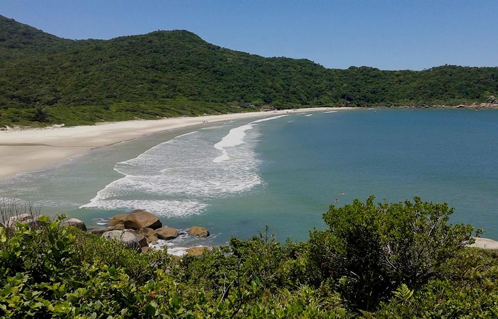 Praia de Naufragados - Florianópolis por Emanoel Jose Tasca