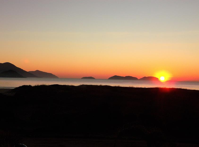 praia da pinheira nascer do sol
