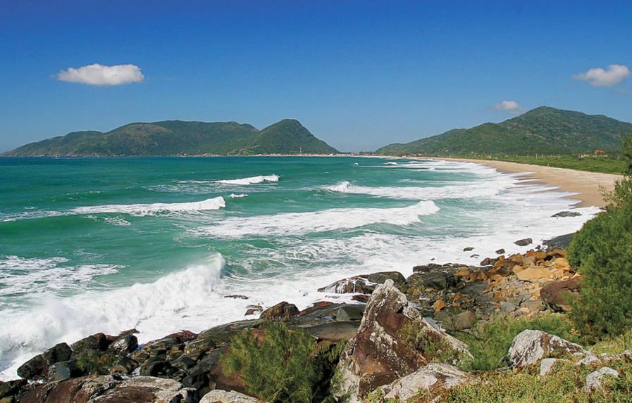 Praia Armacao e Caldeirao Florianopolis