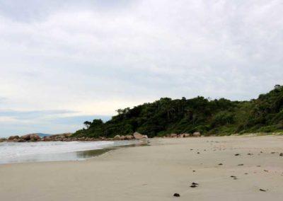 praia_ilheus_governador_celso_ramos02
